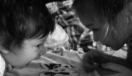dzieci-na-lozku2-header